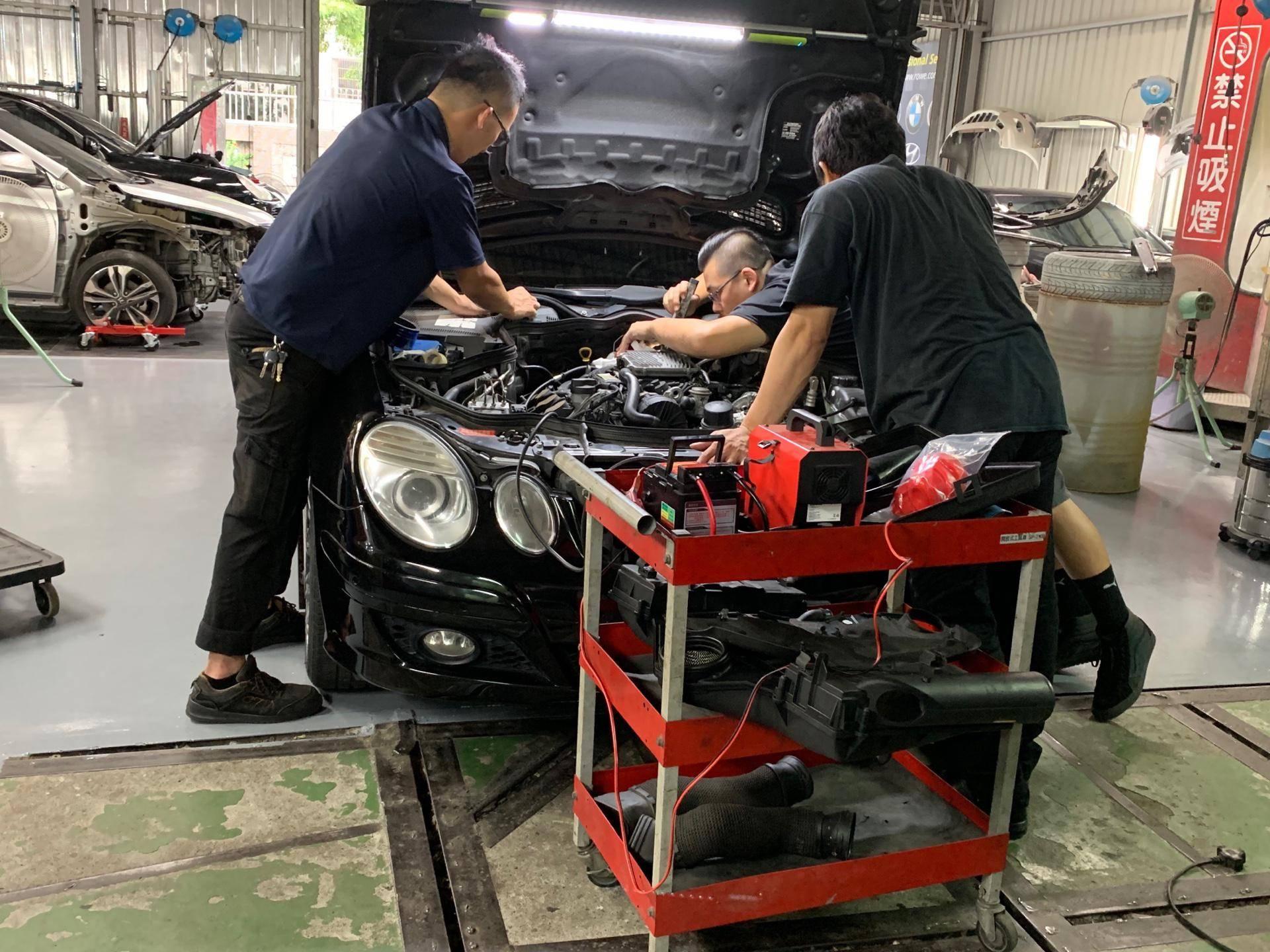 【振傑汽車】賓士/BENZ E280 引擎電腦故障#怠速抖動#耗油問題#入檔熄火問題