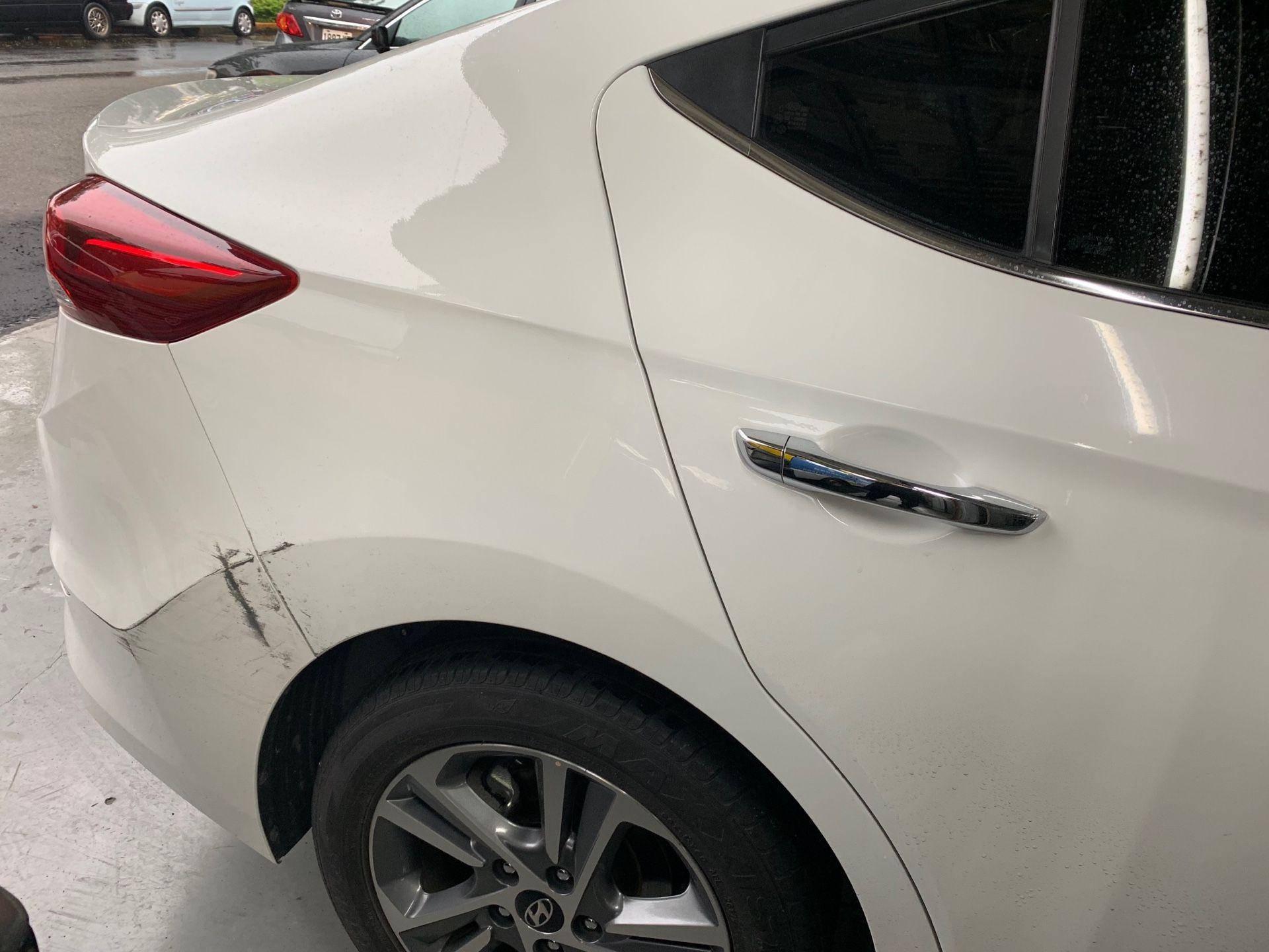 【振傑汽車】現代/HYUNDAI ELANTRA 車輛損傷烤漆#事故修復#汽車保桿修補