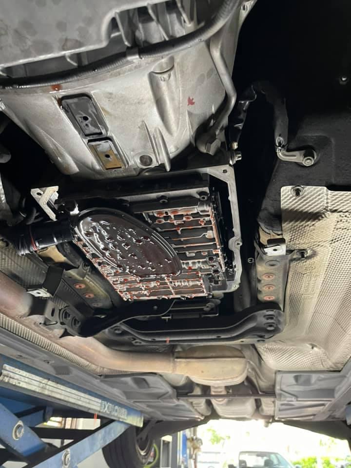 【華成汽車】賓士/BENZ W204 C200K/儀錶板引擎故障燈號#大小保養推薦#722.6五速變速箱#可變汽門的電磁閥#c200k耗材#OiCar台北市南港區汽車保修線上預約保障