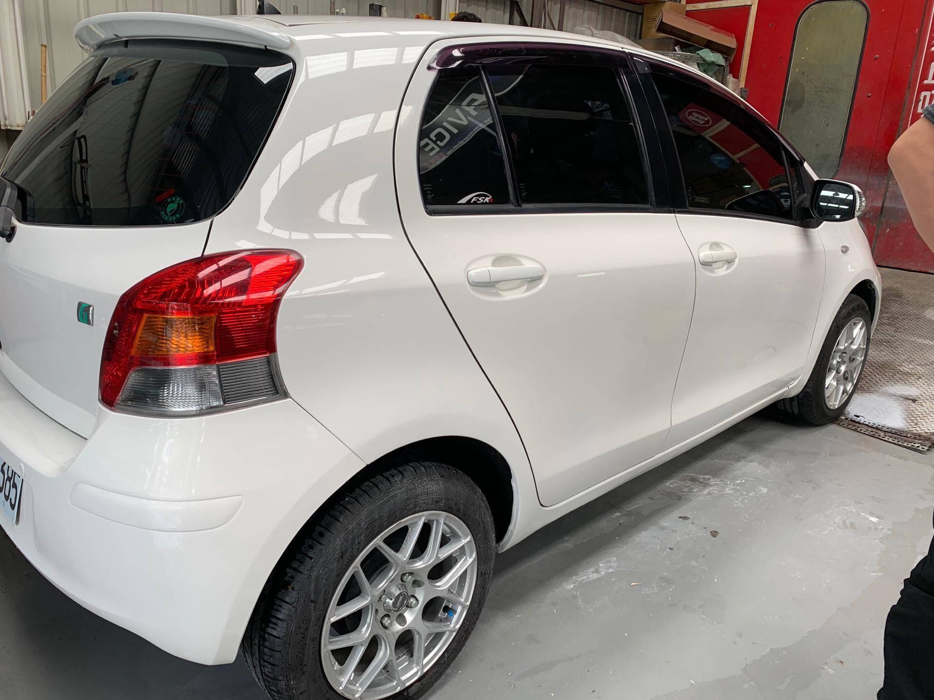 【振傑汽車】豐田/Toyota YARIS 車輛烤漆#車子擦撞#汽車鈑金#事故維修