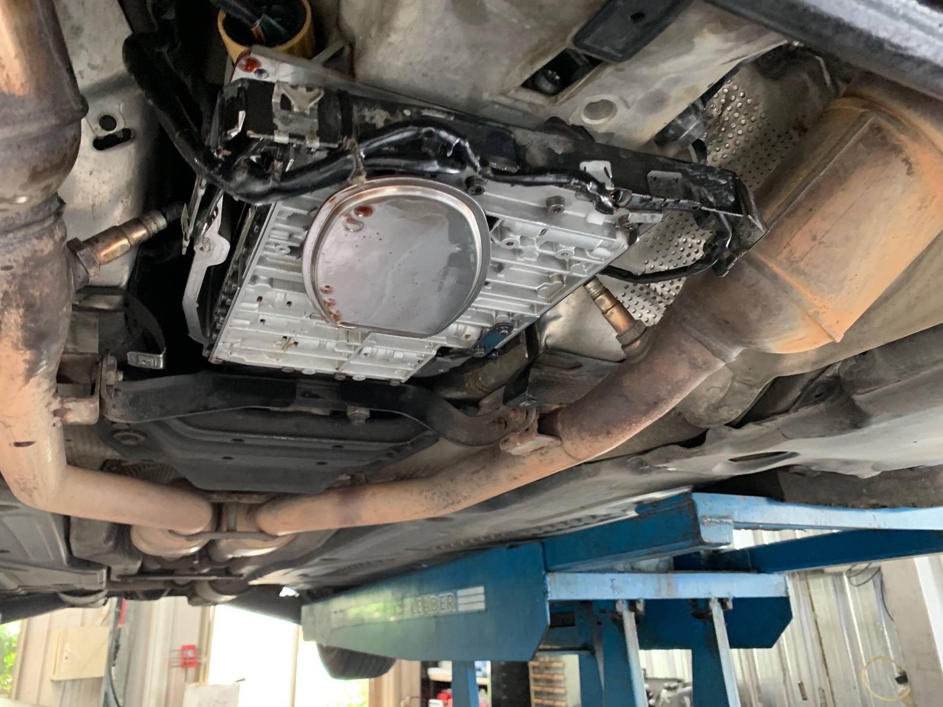 【振傑汽車】賓士/BENZ S320/入檔無反應#不定時的鎖檔#變速箱電路板#行駛鎖檔#異常鎖檔#變速箱問題#賓士維修#OiCar推薦汽車保修鈑烤預約保障車廠