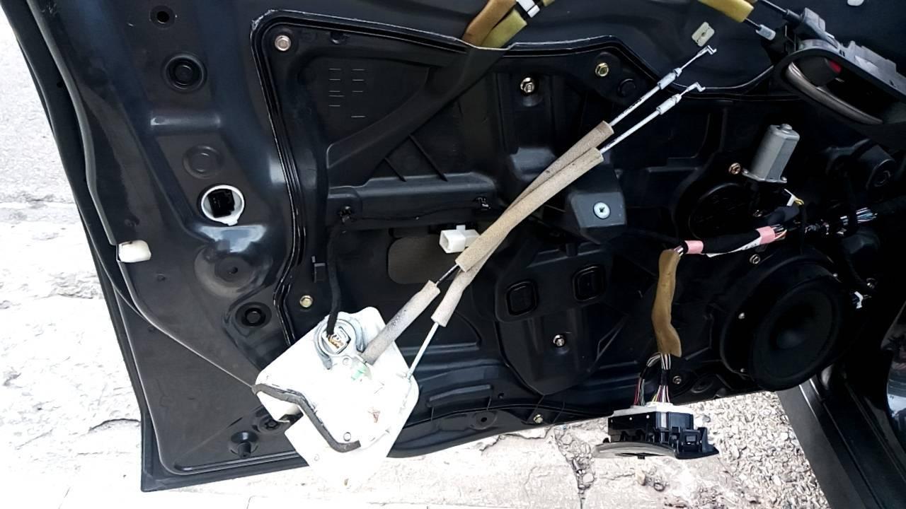 【豪德汽車】寶馬/BMW M3 車子無法上鎖#中控鎖故障#駕座主控維修處理#六角鎖修復#基隆市七堵區BMW維修保養推薦修車廠