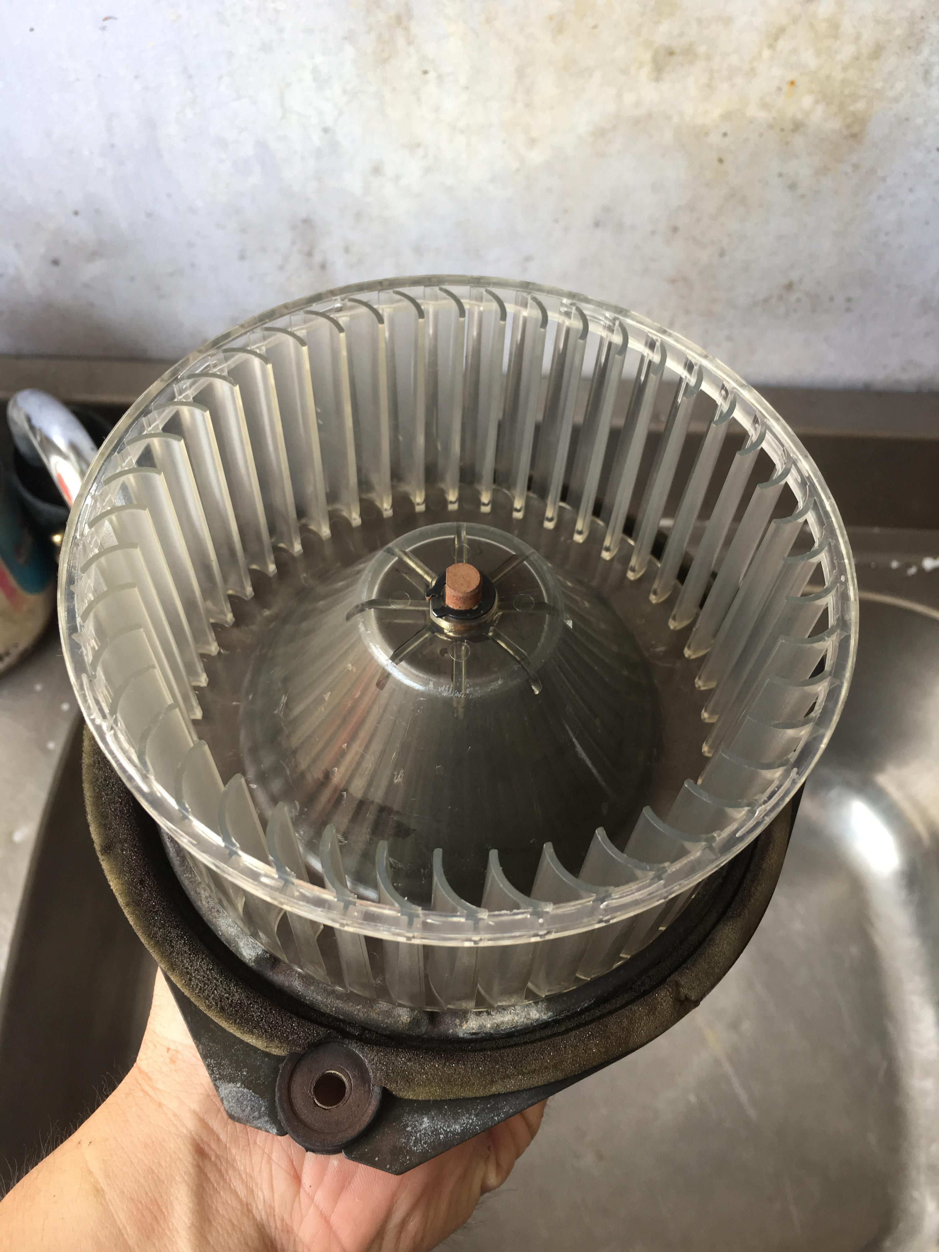 【億霖保修】日產/NISSAN SENTRA 冷氣故障問題#蒸發器更換#冷凍油更換#冷氣不冷#汽車冷氣壞了