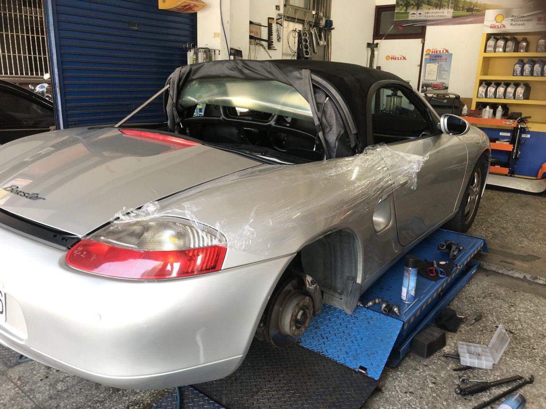 【凱騰汽車】Porsche/保時捷 BOXTER 986 發動吐大量白煙#怠速不穩抖動#引擎抖動#引擎故障問題