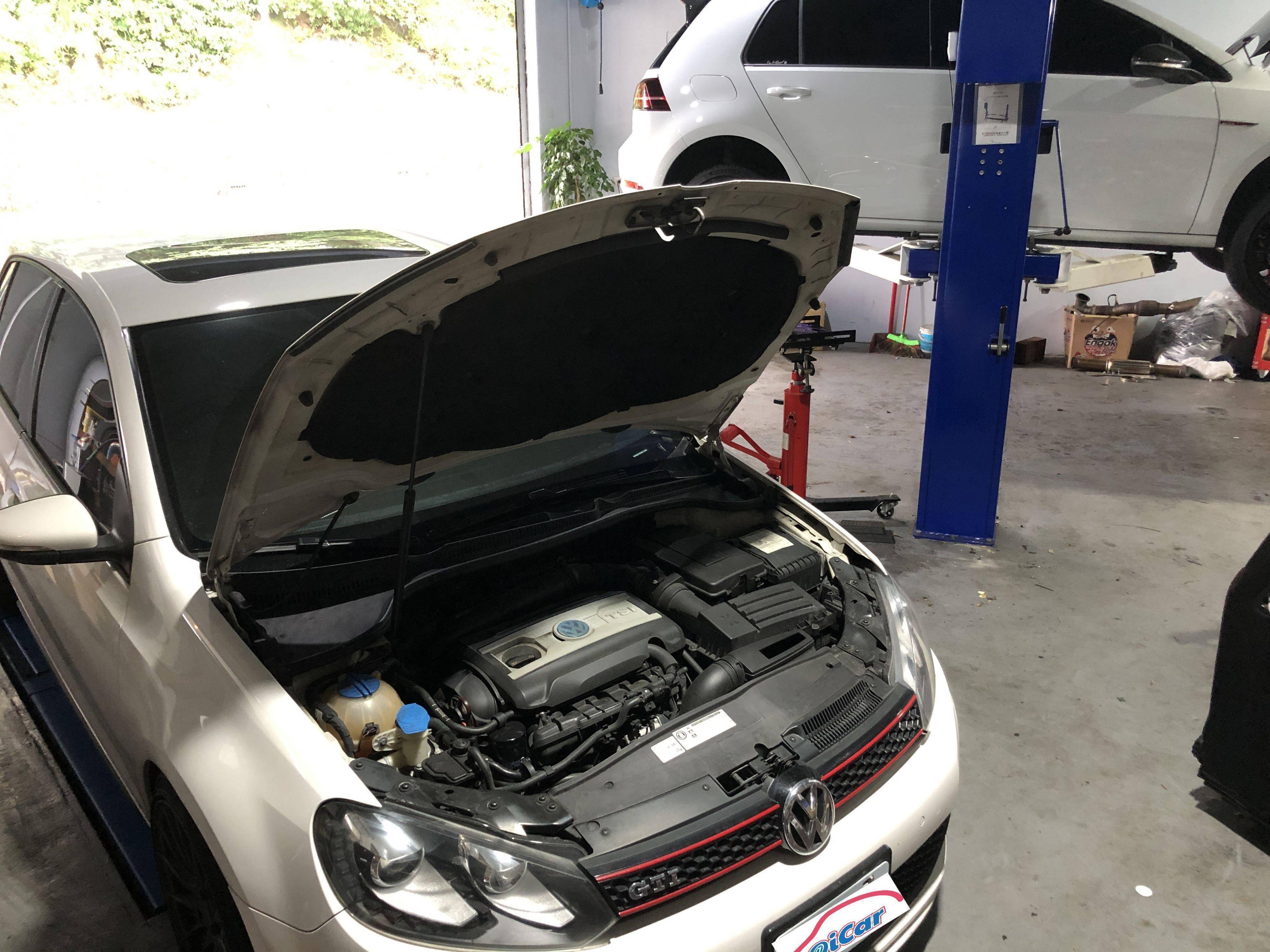 福鑫汽車廠內絕大部分都是VAG車系,不過老闆也是有修其它歐、日系品牌喔。