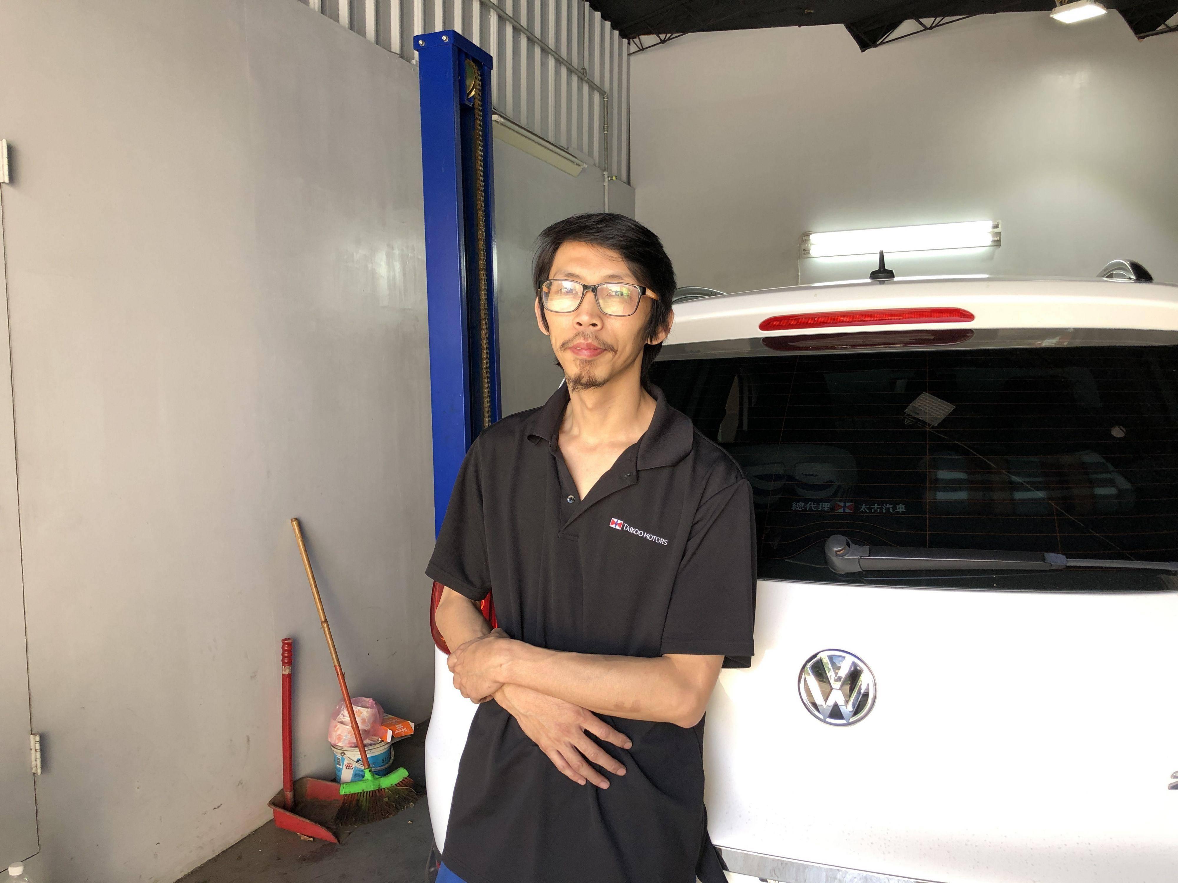 福鑫汽車歡迎您的蒞臨指教,提供原廠般的專業技術服務,照顧好您的行車安全。