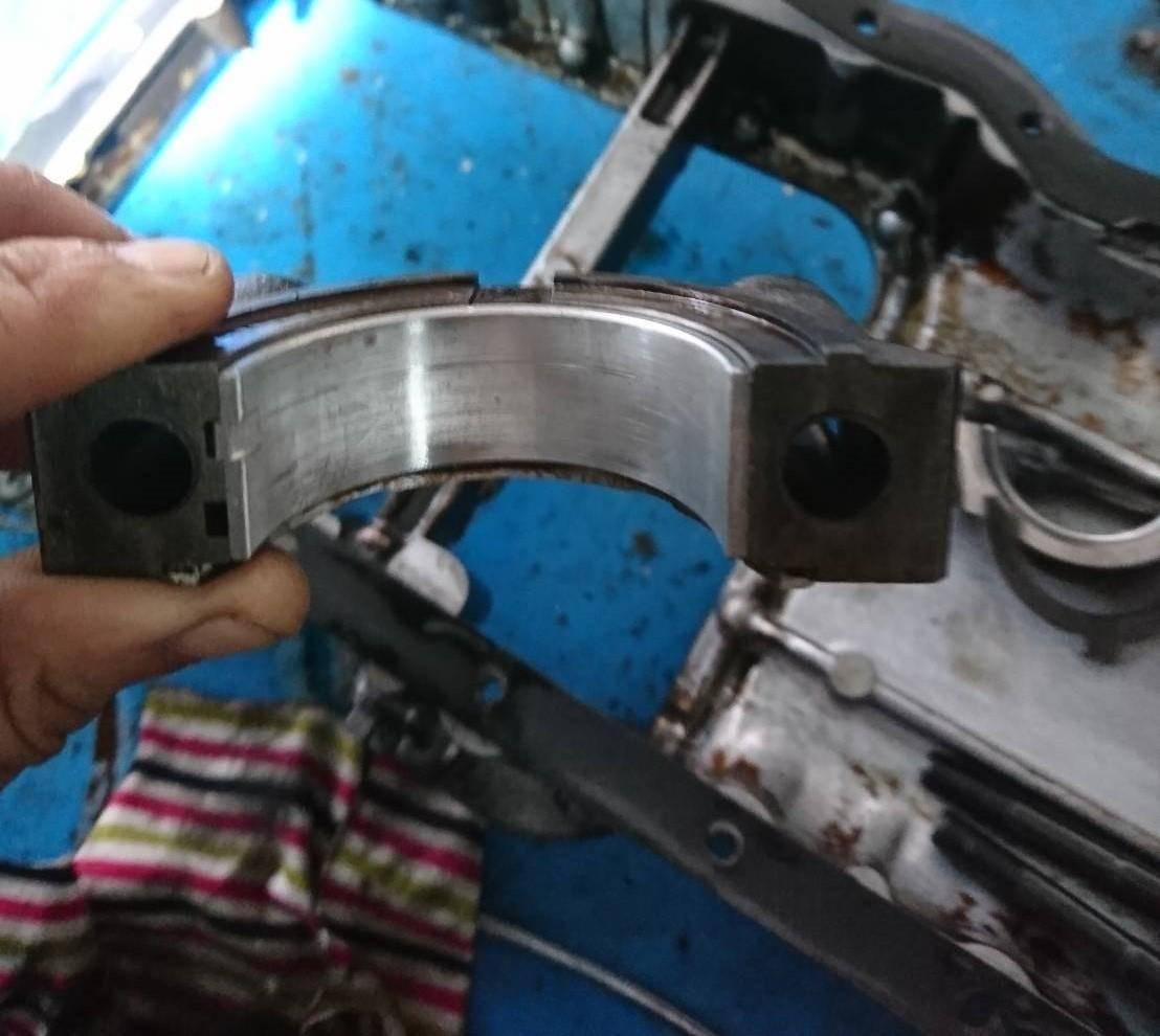 TOYOTA COROLLA引擎損傷大修施工情況。