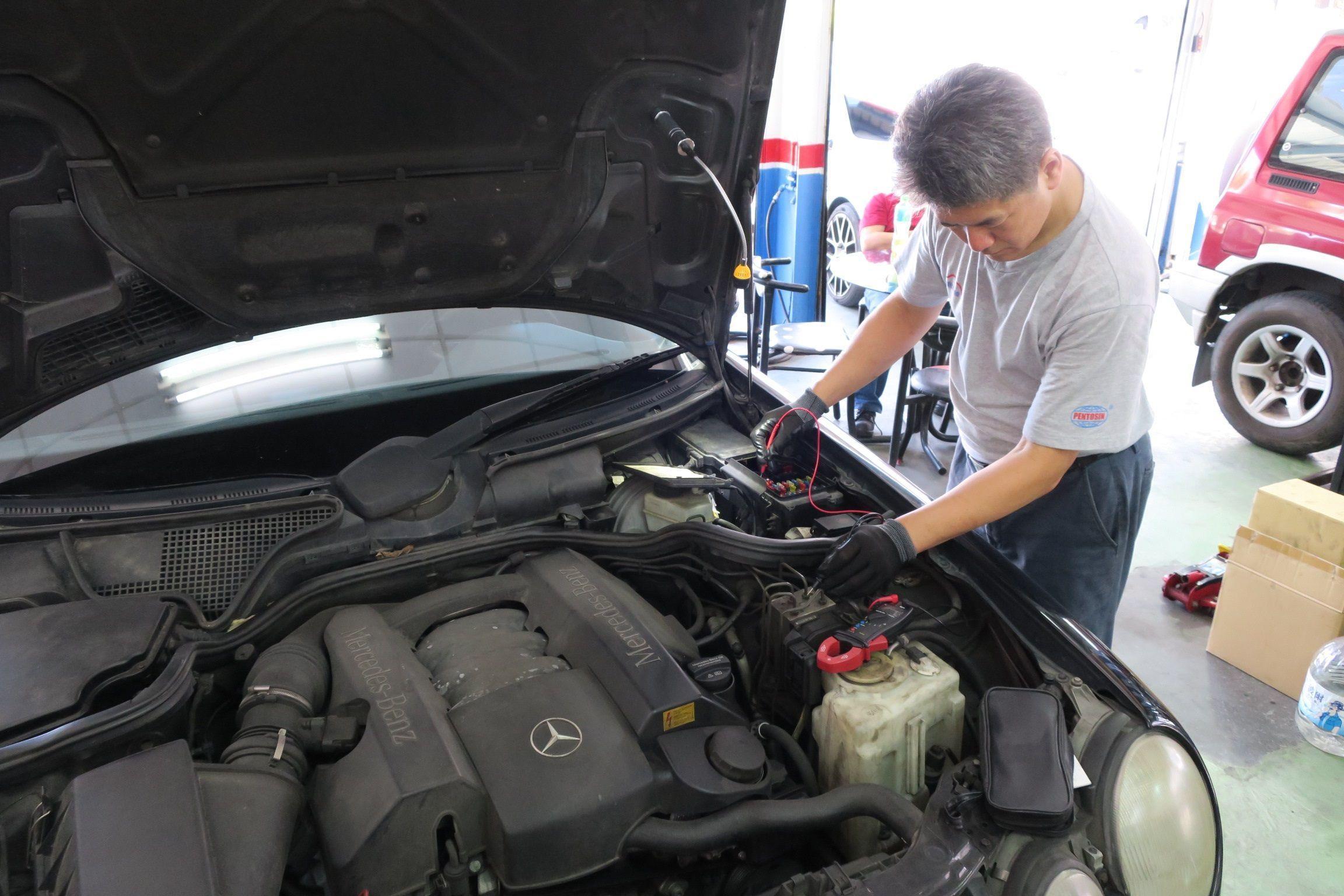 OiCar BENZ E240 線路查修施工