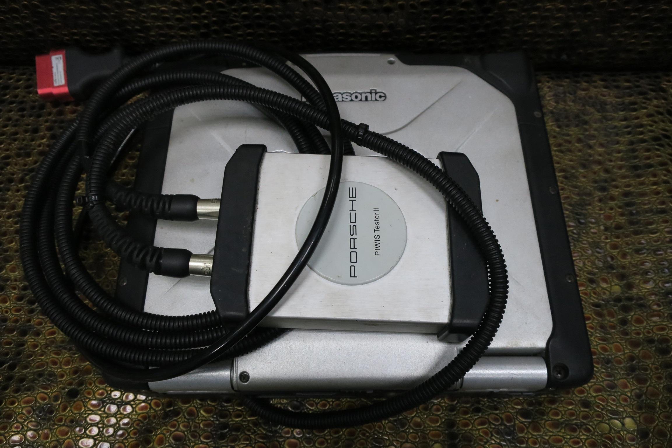 PORSCHE原廠工程版專用診斷電腦系統。